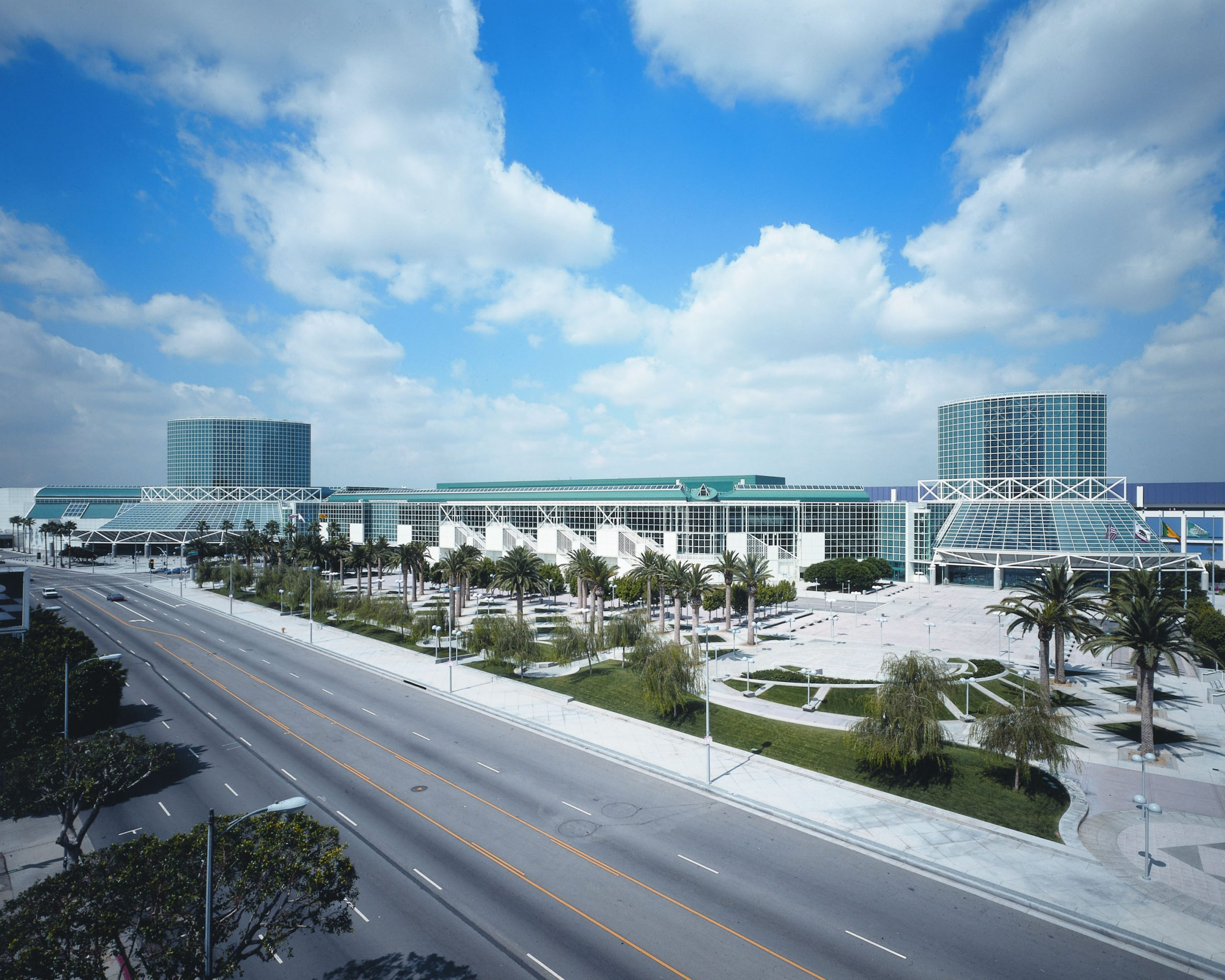 Smart City Networks renews contract with Los Angeles Convention Center